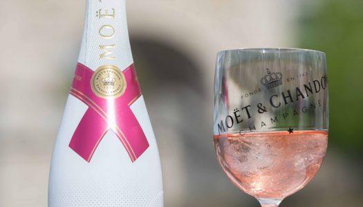 Champagne com gelo. Moët & Chandon aposta agora na versão Moët Ice Impérial Rosé.