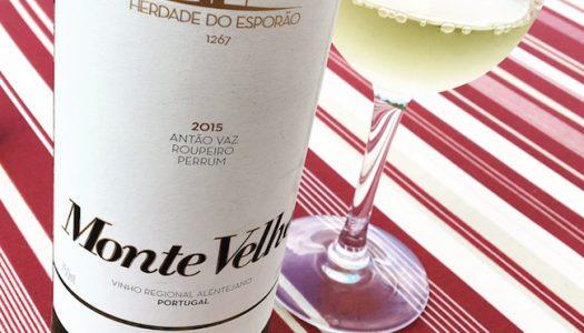 Monte Velho Branco 2015 esbanja leveza